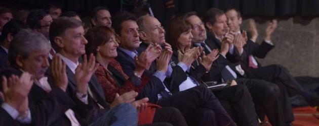 Democracia-Desarrollo-MALBA-Bullrich-Fernando_CLAIMA20140610_0186_28-e1402416269452